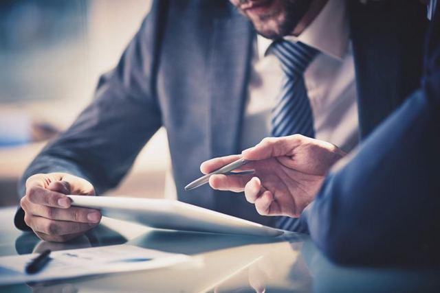 В чем отличие индивидуального предпринимателя от юридического лица и физического на 2019 год