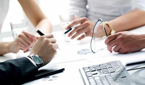 Выход учредителя из ООО в 2019 году: пошаговая инструкция, образцы документов (заявление), порядок выхода
