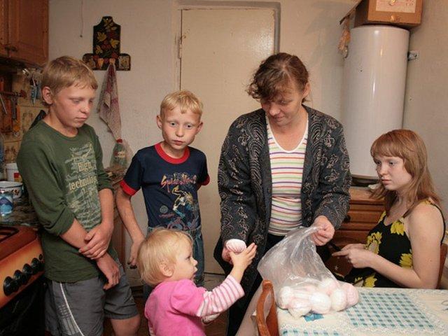 Размер выплат детских пособий в 2019-2020 годы: ежемесячные, малоимущим и др.