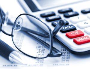Заполнение налоговой декларации по УСН: кто заполняет, преимущества заполнения онлайн и подробное заполнение по всем разделам с образцами